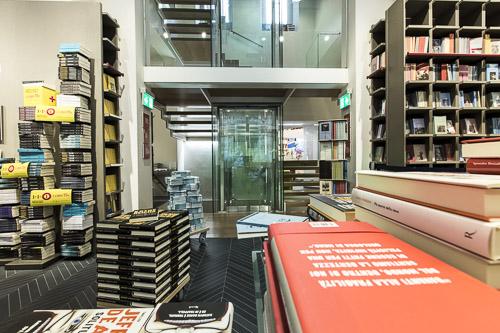 Impianti milanesi Maspero elevatori Libreria Rizzoli