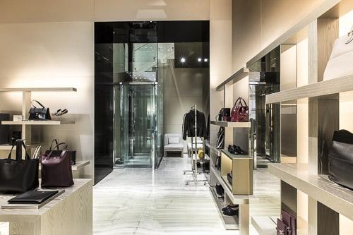 Impianti milanesi Maspero elevatori Boutique Armani